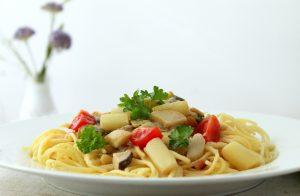 Pasta mit Spargel und Kräuterseitlingen